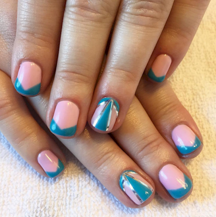 17 Cotton Candy Nails - Cotton candy and bubble gum nails.