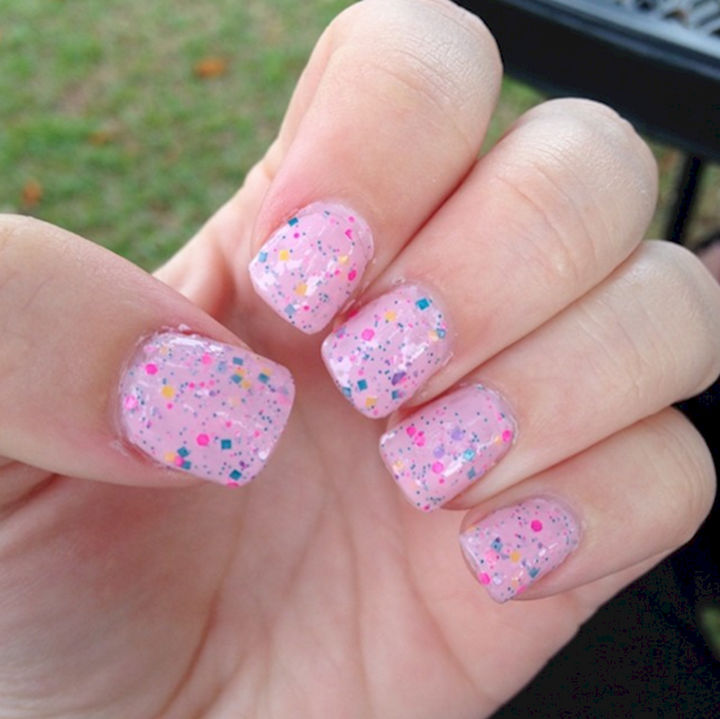 17 Cotton Candy Nails - Yummy cotton candy nails.