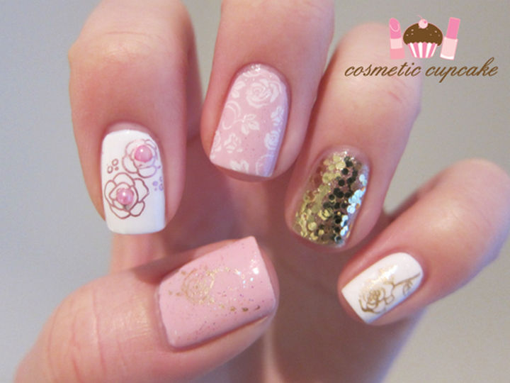 17 Rose Pink Nails - Pink, white, and gold roses with a glitter accent nail.
