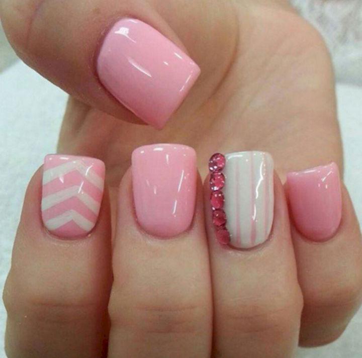 17 Rose Pink Nails - Perfect pink nails with some gems.