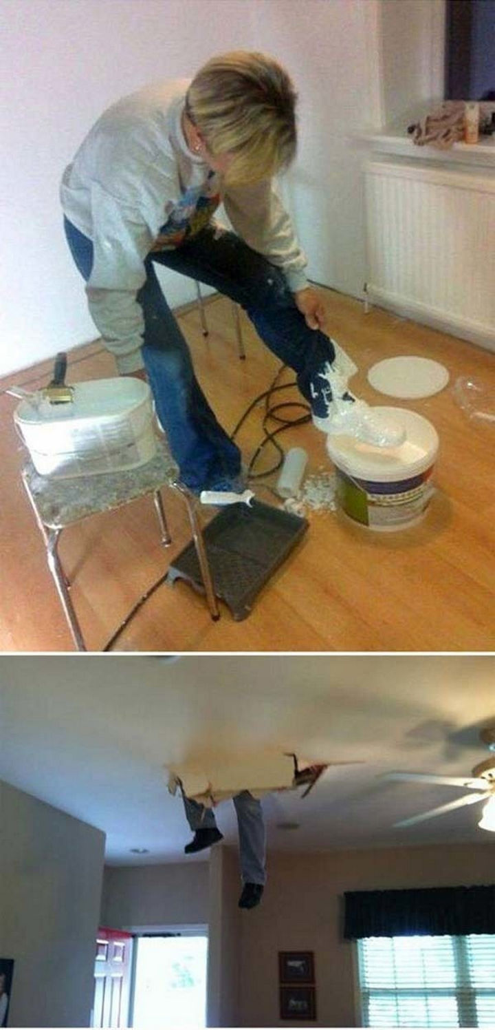 28 Perfectly Timed Photos of People Having a Bad Day - I'm guessing they now wished they called a contractor.