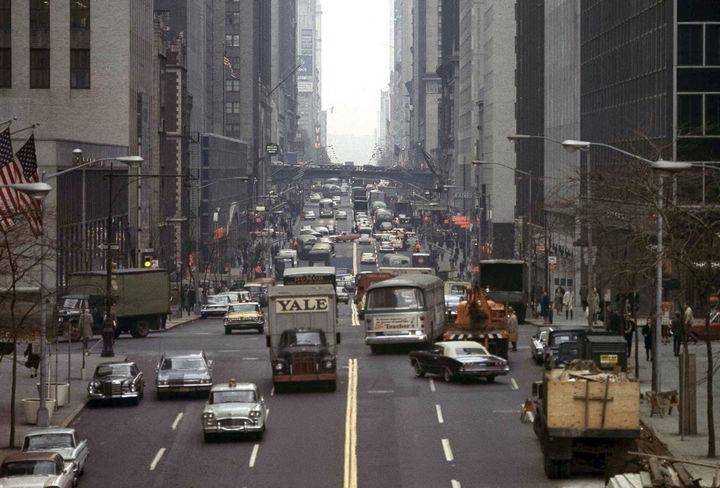 35 Rare Historical Photos - 1965: Looking west toward New York's East 42nd Street.