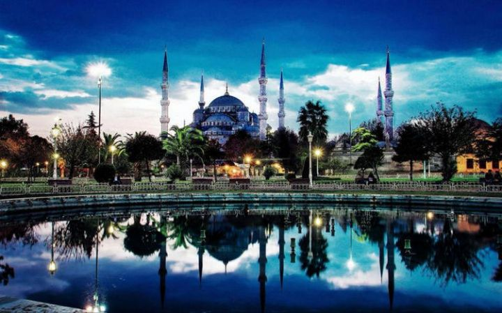 Top 25 Travel Destinations 2019 - Istanbul, Turkey 02.
