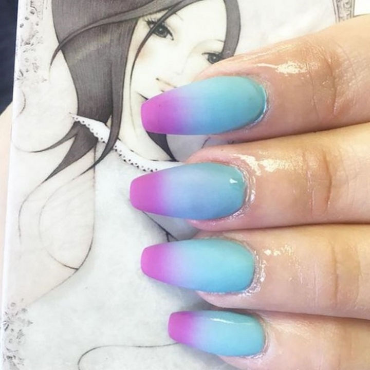 18 Spring Nails - Pretty matte spring nail manicure.