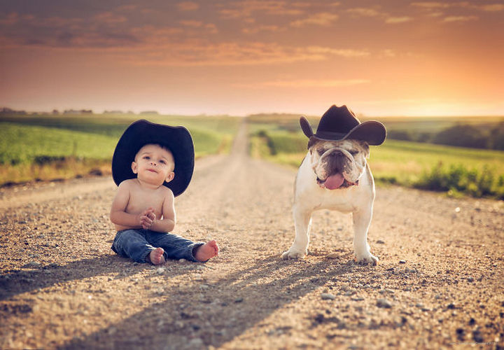 33 Adorable Photos of Dogs and Babies - Country twins.