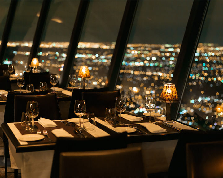 39 Amazing Restaurants With a View - 360: The Restaurant at the CN Tower in Toronto, Ontario, Canada.