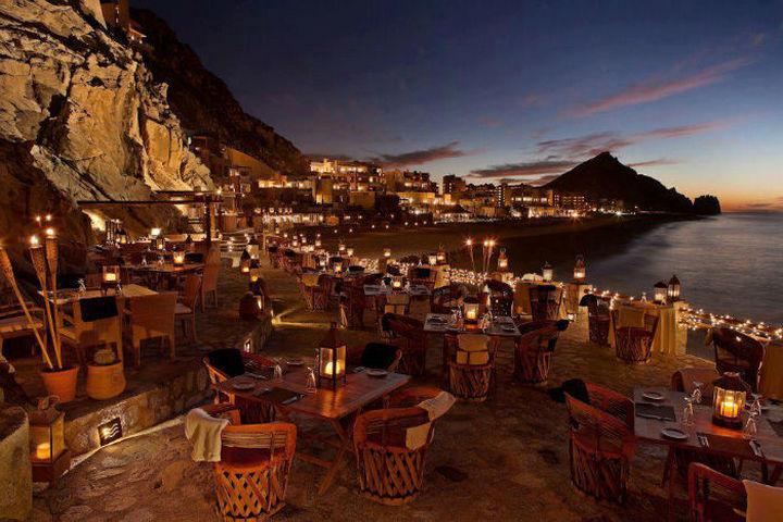 39 Amazing Restaurants With a View - El Farallón in Cabo San Lucas, Mexico.