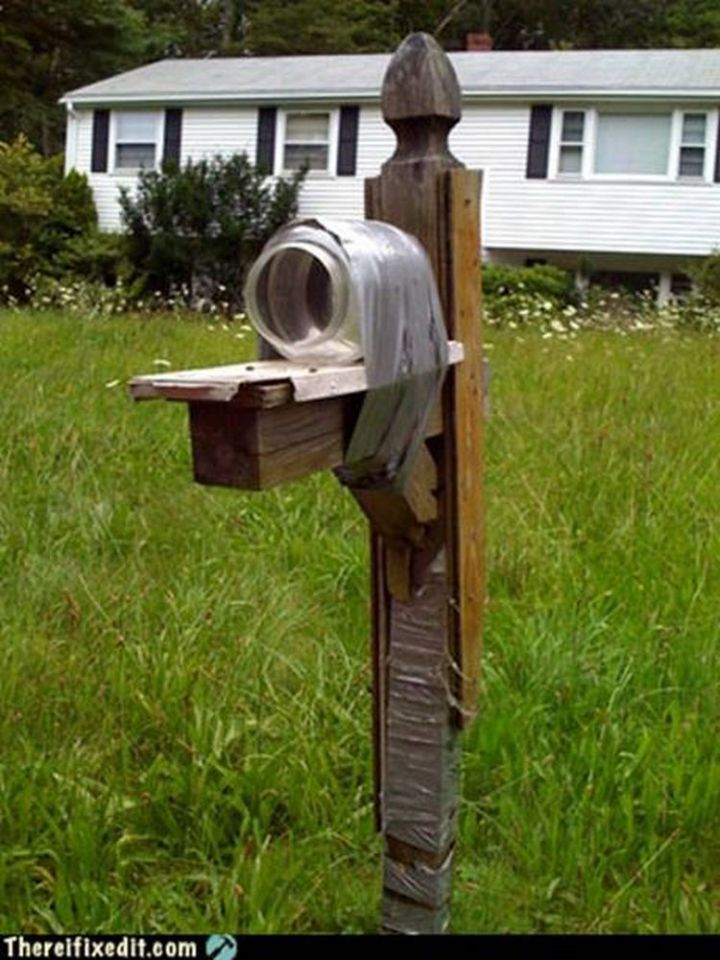 """20 Hilarious Ways Men Can Fix Anything - """"The mailbox post is broken? I can fix that!"""""""