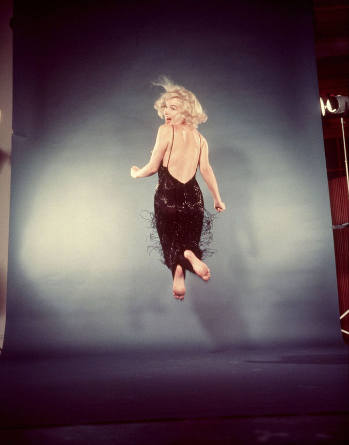 22 Timeless Images - Marilyn Monroe during a photo shoot in New York City (1959).