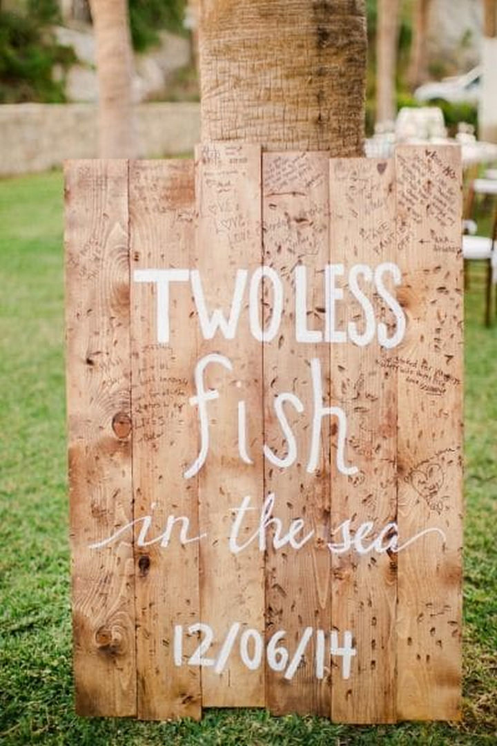 18 Wedding Signs That Are So Perfect - Two less fish.