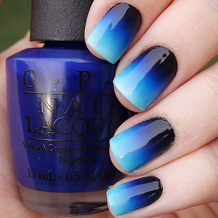 Black to pale blue is such an attractive gradient.