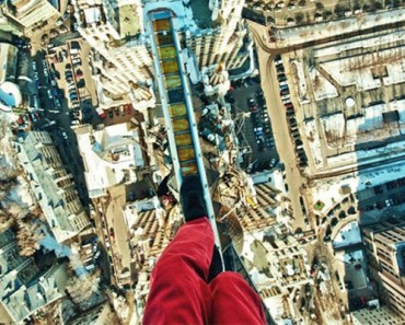 32 Photos of People (Adrenaline junkies) Who Look Fear in the Eyes.