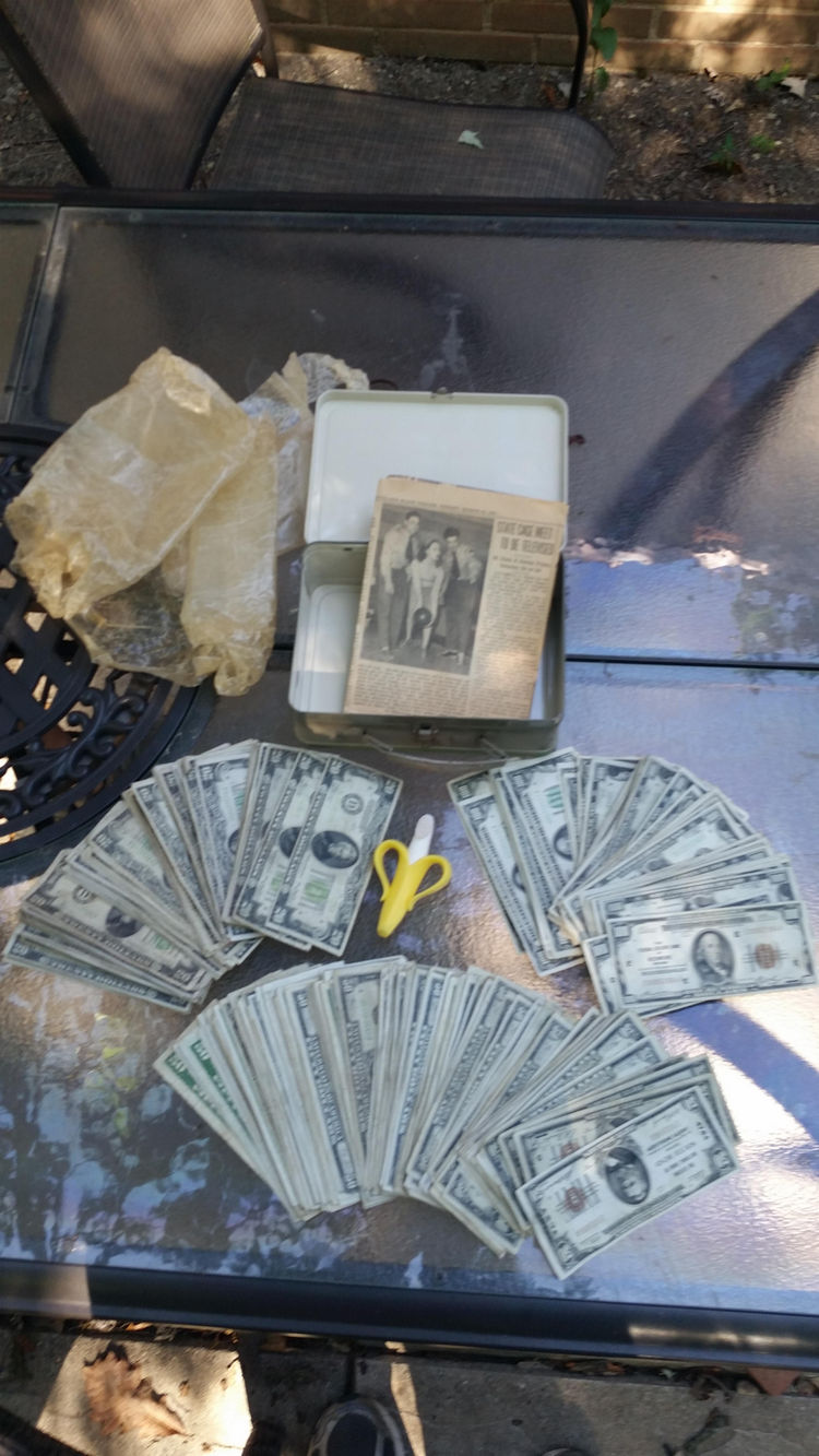 man-finds-box-full-money-his-ceiling-during-renovations-17