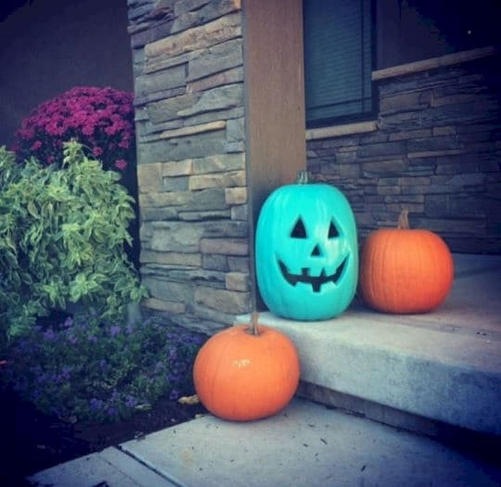 Show your support this Halloween by putting out a teal pumpkin and letting kids with food allergies enjoy trick-or-treating safely.