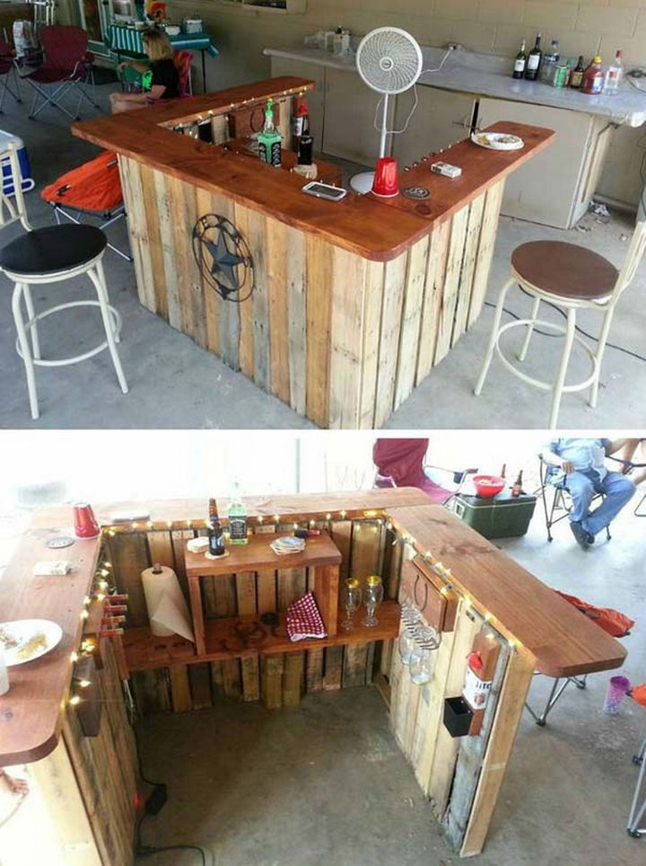 18 DIY Bars and Bar Carts - Backyard Western-themed bar.
