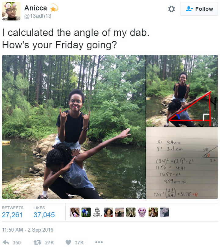 26 Funny Photos - These girls take their dab move seriously.
