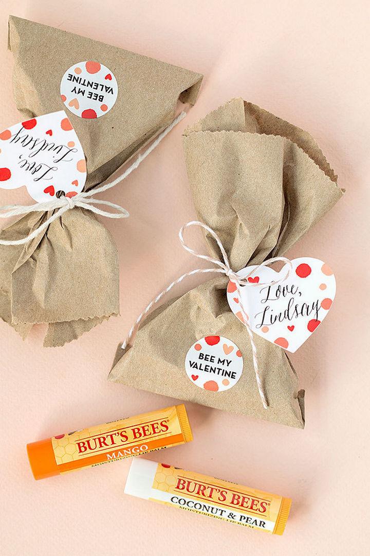 "27 DIY Valentine's Day Crafts - Assemble""Bee My Valentine"" lip balm sachets."
