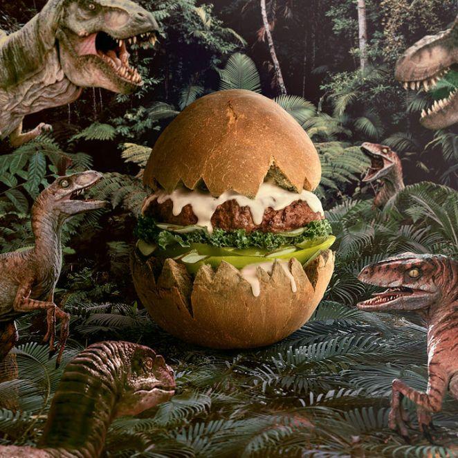 Fat andFurious Burgers - Jurassic BurgEgg.