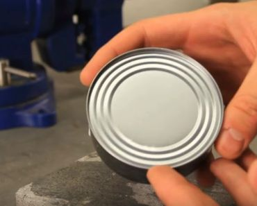 How to Open a Food Can Without Using a Can Opener.
