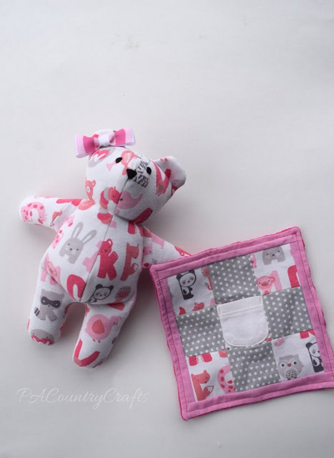 If you prefer to make one yourself, this step-by-step tutorial even includes a free 'memory bear' pattern.