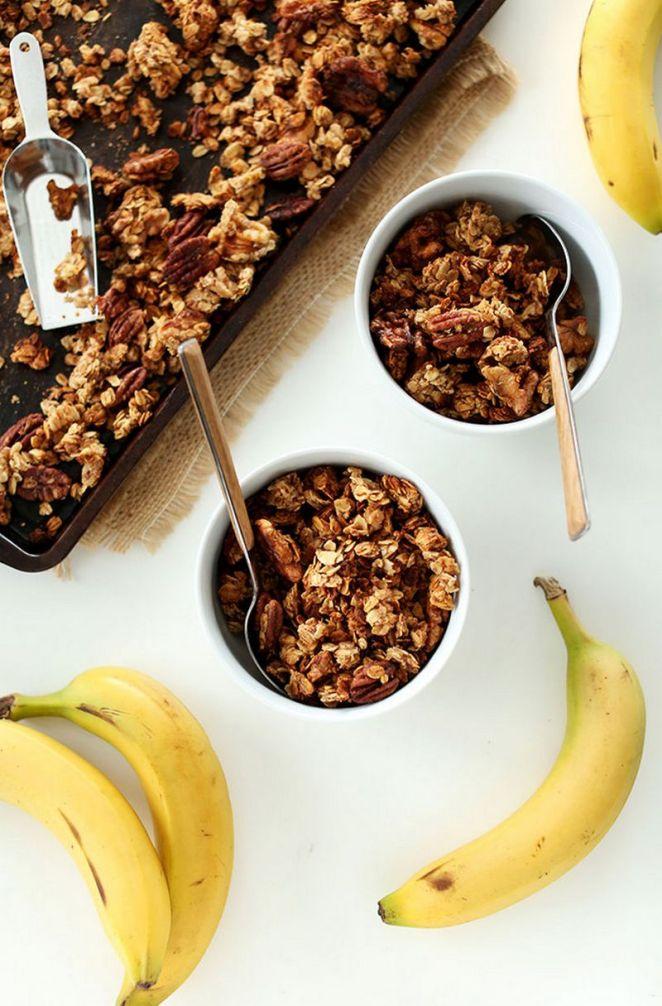 15 Easy Banana Bread Recipes - Banana Bread Granola.
