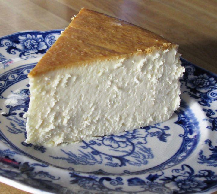 19 Delicious Cheesecake Recipes - New York Cheesecake.