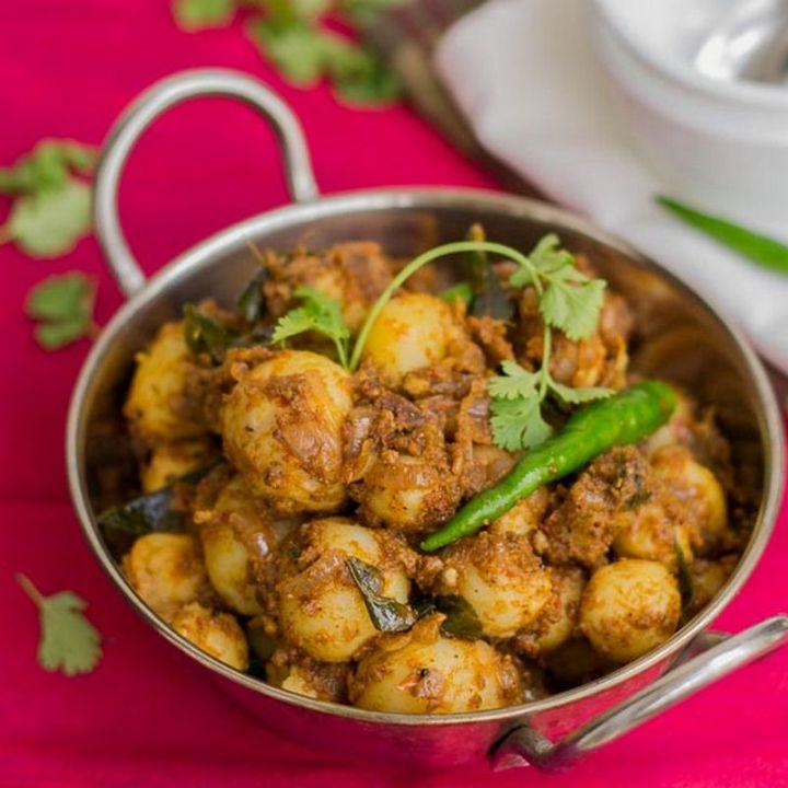 49 Indian Side Dishes - Chettinad Urlai (Baby Potato Roast).