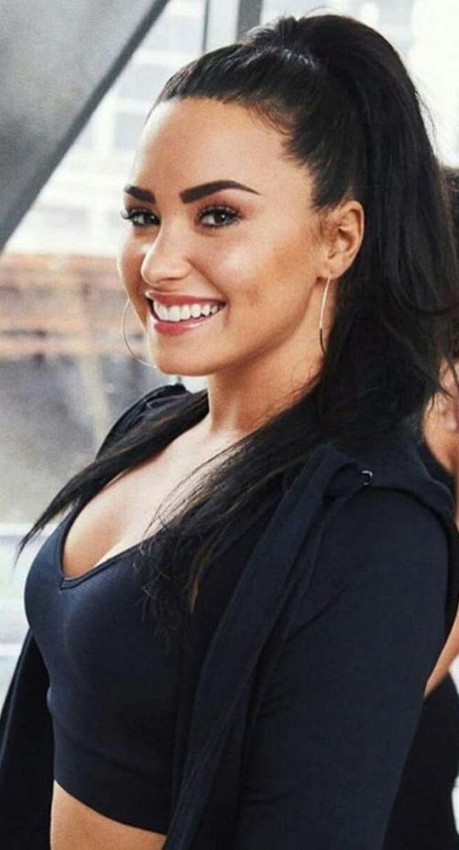 Demi Lovato's Age and Bio.