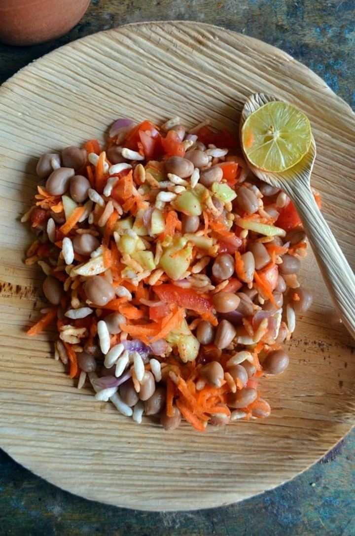 35 Indian Appetizer Recipes - Beach Style Kara Pori (Chaat Style Kara Pori).
