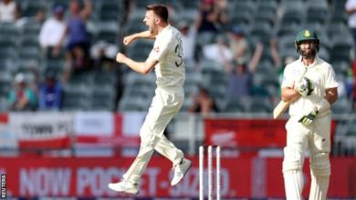 Photo of England in South Africa: Mark Wood shines in Johannesburg
