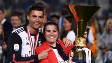 Photo of BREAKING! Cristiano Ronaldo's mother rushed to hospital after suffering stroke this morning