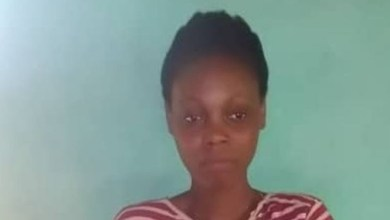 Photo of OMG! Housewife stabs commercial sex worker to death