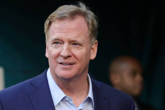 """NFL To Discipline Players Who Attend """"High Risk"""" Events.  ESPN received a memo sent by the NFLPA to agents this weekend detailing several new pandemic-"""