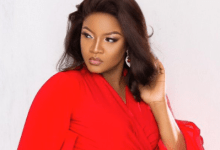 Photo of Omotola apologizes and shares video of doctor confirming someone died at the hospital from the Lekki toll gate shooting