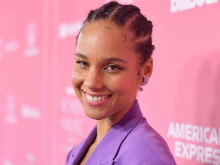 Alicia Keys Launches $1B Fund To Support Black-Owned Businesses.  Singer Alicia Keys is launching a $1B Fund to support black owned businesses Thursday (Sept. 10).