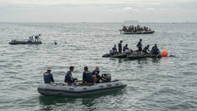 Authorities find black boxes, site of Indonesian plane crash