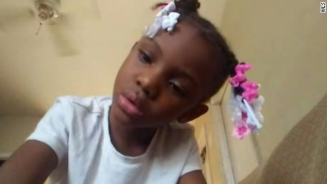 7-Year-Old Girl Fatally Shot At Chicago McDonald's Drive-Thru