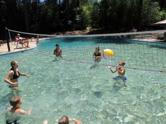Pool~043-Water_Volleyball