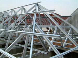 kuda baja ringan bentang 15 m konstruksi rangka atap winner and architecture s life