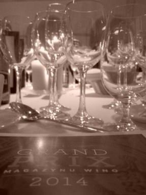 Wspaniała kolacja, godna zamkowego otoczenia.