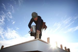 Hiring Winnipeg Roofers