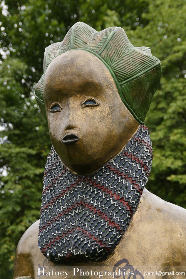 Enfants du Monde du sculpteur Rachid Khimoune