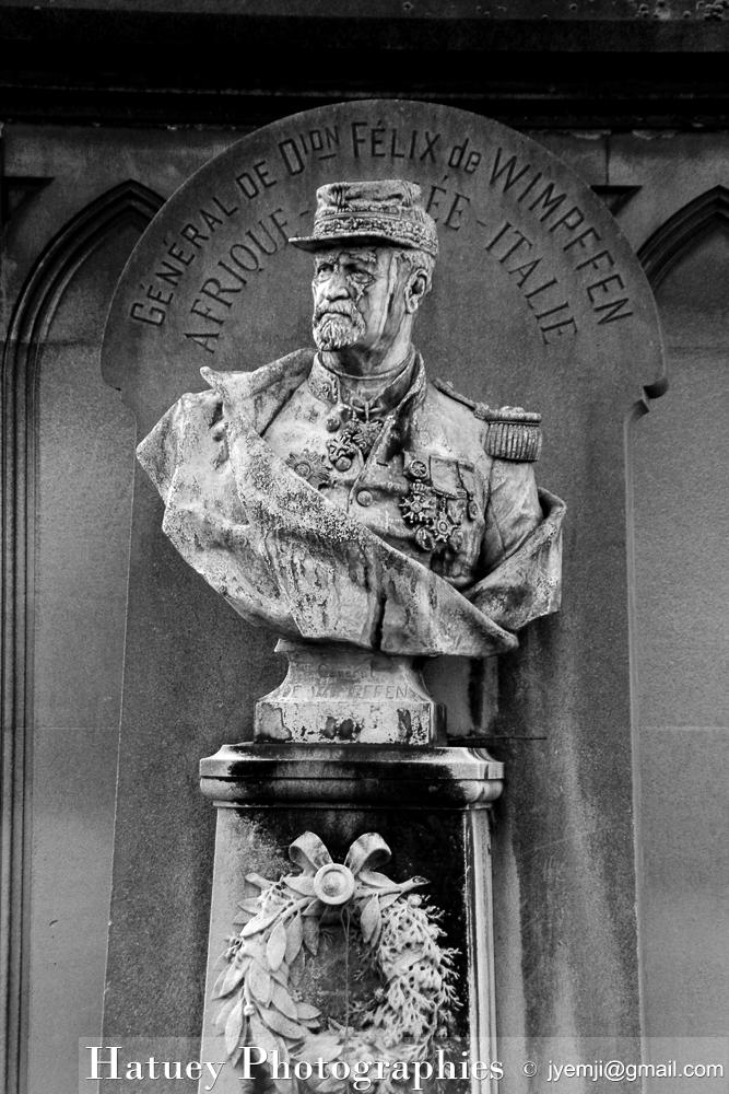 """Paris, Cimetiere du Pere Lachaise, Tombe de Baron Emmanuel Félix de Wimpffen""""©Hatuey Photographies"""""""
