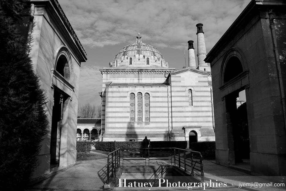 """Paris, Cimetiere du Pere Lachaise Crématorium """"©Hatuey Photographies"""""""