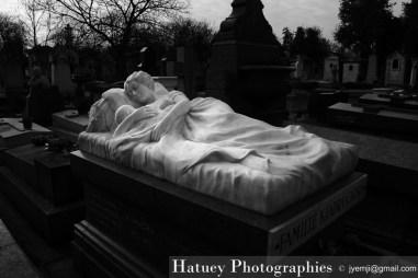 """Paris, Cimetiere du Pere Lachaise , Photographies de Paris, Cemetery Graveyard Cementerio Cimitero Friedhof , Cimetiere du Pere Lachaise , Photographies de la tombe la Famille KHADRA par """"©Hatuey Photographies"""