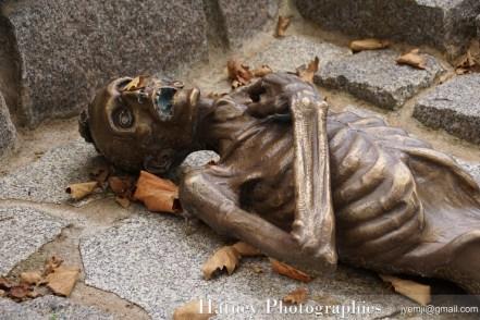 """Paris, Cimetiere du Pere Lachaise , Photographies de Paris, Cemetery Graveyard Cementerio Cimitero Friedhof , Cimetiere du Pere Lachaise , Photographies du monument STRUTHOF (KL Natzweiler-Struthof) par """"©Hatuey Photographies"""
