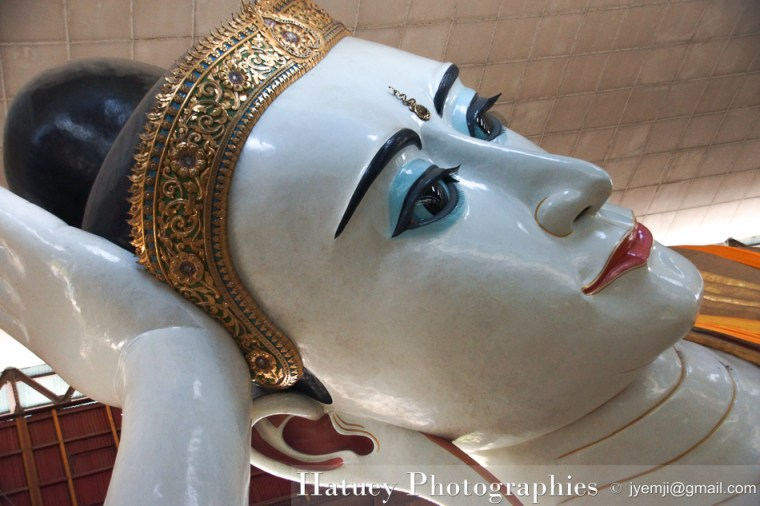 "Myanmar Birmanie, Reclining Buddha. Travel in Birmania Myanmar blog by ""© Hatuey Photographies"