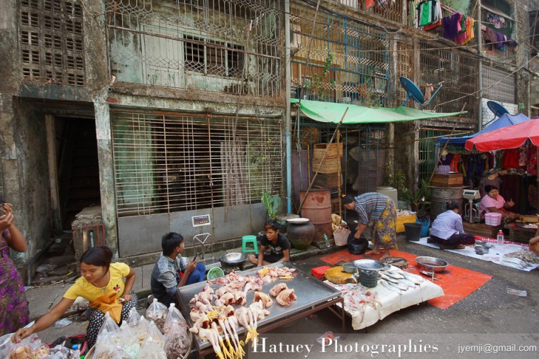 Yangon Marche chinois- Chinese Market, Myanmar by ©Hatuey Photographies