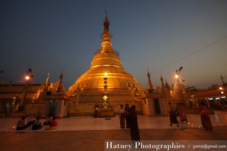 Yangon, Botahtaung Pagoda ©Hatuey Photographies