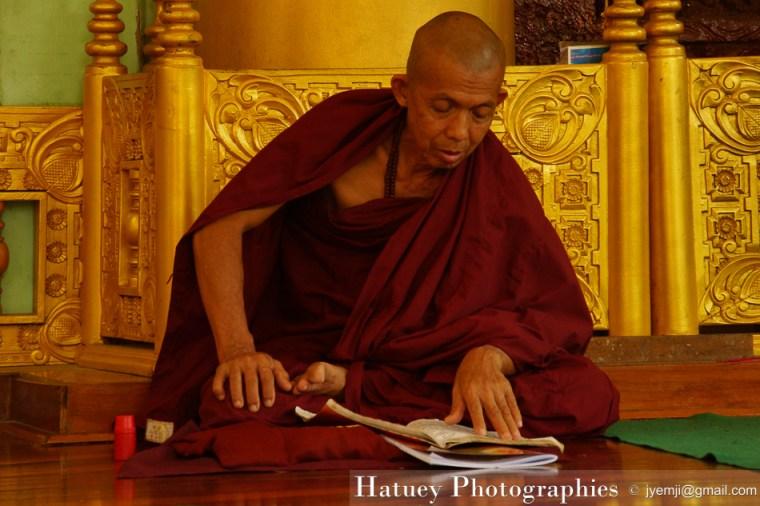 Shwedagon Pagoda, Yangon by ©Hatuey Photographies
